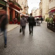 Vidéo: Old Europecity street with walking people time lapse footage