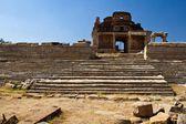 Руины индийского храма в Хампи, Индия, Азия. Ruins of indian temple in Hampi, India, Asia — Zdjęcie stockowe