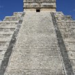The Mayan Pyramid of Chichen Itza, Mexico — Stock Photo