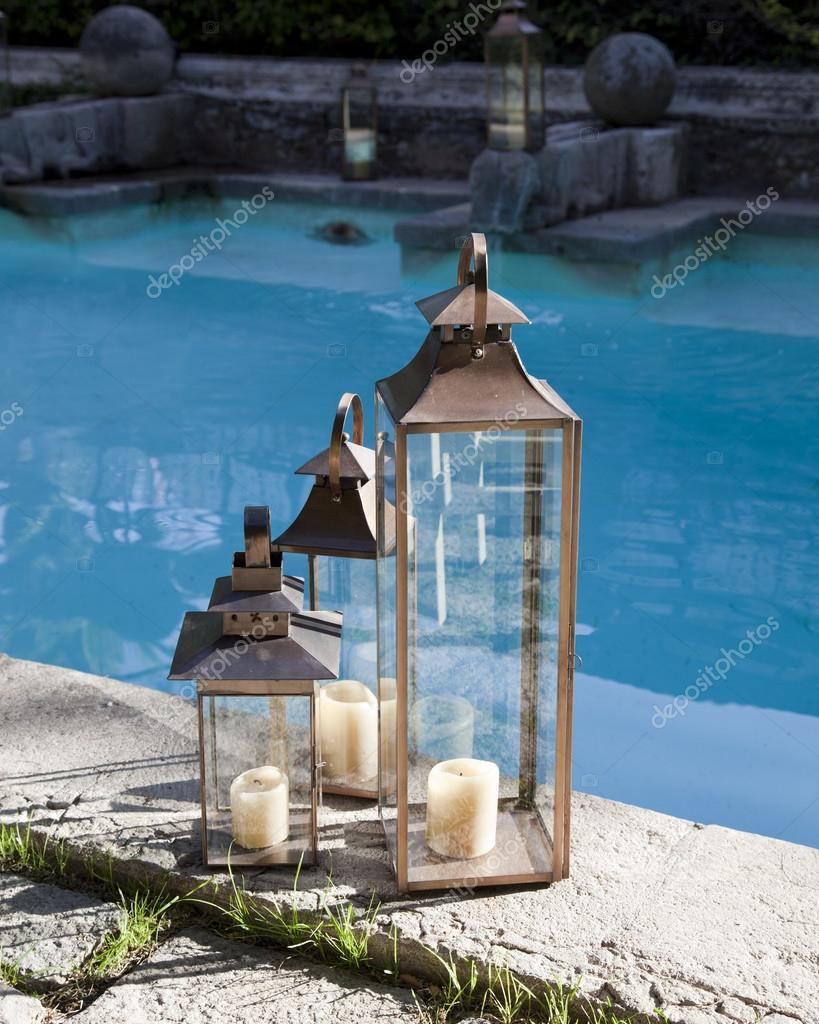 Bougies au bord de la piscine photographie tmasters03 for Au bord de la piscine