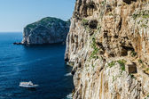 Yacht and Stairways in Capo Caccia — Stock Photo