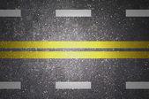 有白色和黄色条纹的沥青道路纹理 — 图库照片
