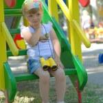 Little girl with the binoculars — Stock Photo
