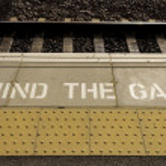 Mind the gap — Stock Photo