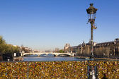Pont des Arts and Eiffel Tower — Stockfoto