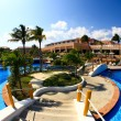 A luxury all inclusive beach resort in Cancun — Stock Photo