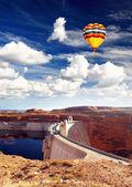 глен каньон плотины и озера пауэлл — Стоковое фото