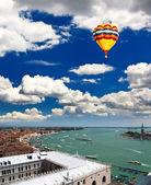 Luchtfoto van venetië stad — Stockfoto
