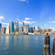 The downtown Manhattan and Brooklyn Bridge — Stock Photo