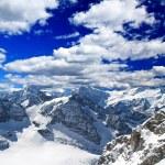 在瑞士的一个滑雪胜地的景观 — 图库照片