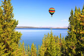 The Yellowstone lake in the Yellowstone — Foto Stock