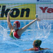 WPO: World Aquatics championship - CAN vs RSA.  Hayley Duncan (RSA) defending her goal — Foto de Stock