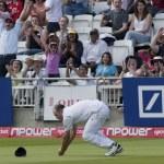 Постер, плакат: Cricket England vs Bangladesh 1st test day 3 Johnathon Trott Tamim Iqbal