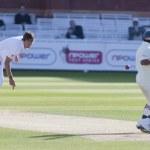 Постер, плакат: Cricket England vs Bangladesh 1st test day 3 Steve Finn Mohammad Ashraful