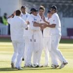 Постер, плакат: Cricket England vs Bangladesh 1st test day 3