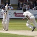 Постер, плакат: Cricket England vs Bangladesh 1st test day 2 Johnathon Trott