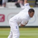 Постер, плакат: Cricket England vs Bangladesh 1st test day 3 Tim Bresnan