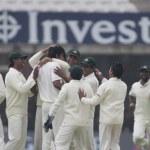 Постер, плакат: Cricket England vs Bangladesh 1st test day 1 Alaistair Cook Shahadat Hossai