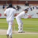 Постер, плакат: Cricket England vs Bangladesh 1st test day 3 Matt Prior