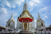 Temple at wat Pichaya-yatigaram Bangkok Thailand — Foto Stock