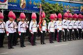 Bangkok, thajsko - 25 října 2013: thajské strážce kapely březen — Stock fotografie