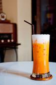 Iste med mjölk som thailändsk stil — Stockfoto