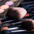 Professional make-up brushes with eye shadows palette. — 图库照片