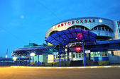 夜间巴士站 — 图库照片