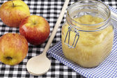 Cooking stewed apples — Stock Photo
