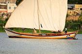 Rybáři plachetnice nalézáni v tanzanii — Stock fotografie