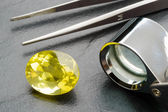 Gemstone and tools — Stock Photo