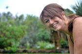 žena, která dělá kliky — Stock fotografie