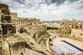 Types of Roman amphitheatre in the city of El JEM in Tunisia — Stock Photo