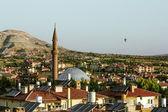 La mosquée au milieu des panoramas en cappadoce, turquie — Photo