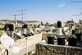 Eski kudüs çatının duvarları ve kaya kubbe görüntüleyin — Stok fotoğraf