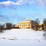 Palácio de pavlovsk em dia de inverno — Foto Stock