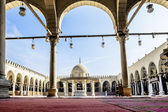 The Interior of the mosque of AMR Ibn Al-Aasa in Cairo — Stock Photo
