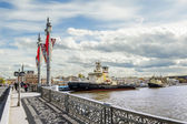 "Icebreaker ""Moscow"" is moored near the promenade des Anglais in  — Stock Photo"