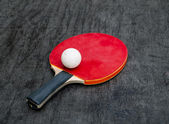 Red Racquet and ball tables tennis balls — Stock Photo