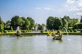 Fountains in the upper Park in Peterhof , St. Petersburg — Stock Photo
