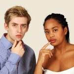 tankeväckande par av blandad ras — Stockfoto