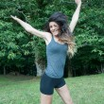 Beautiful athlete girl jump on Camaldoli park — Stock Photo #51432967