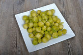 Plate of brussels sprouts — Stock Photo