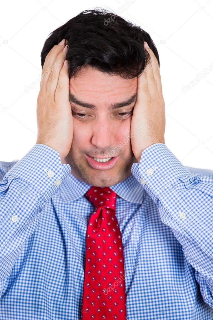 closeup portrait von wirklich gestresst gesch ftsmann mit kopfschmerzen tragen blaues hemd und. Black Bedroom Furniture Sets. Home Design Ideas
