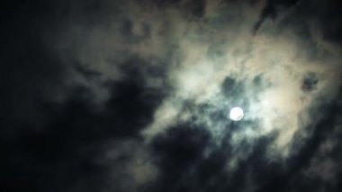 Night sky and full moon — Stock Video