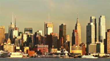 View of Manhattan skyline from New Jersey — Stock Video