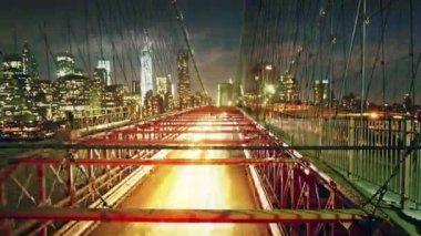Brooklyn köprüsü trafiği — Stok video