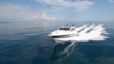 Motor boat, rio yachts best italian yacht — Stock Video