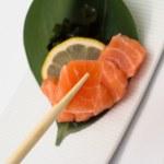 Salmon sushi sashimi — Stock Photo #32991435