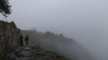 Tourists in the Machu Picchu — Stock Video